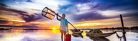 Sunrise Hue Photo at Tam Giang lagoon